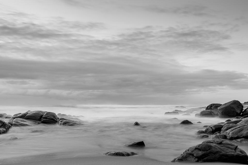 mer-noire-brume
