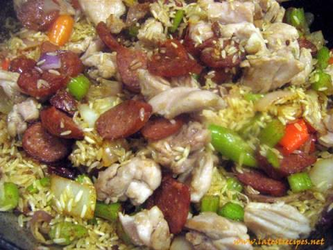 jambalaya_mixing_rice