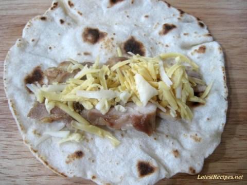 flour_tortilla_grilled_chicken_enchilada