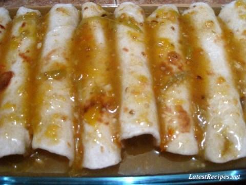 green_chile_enchiladas_1