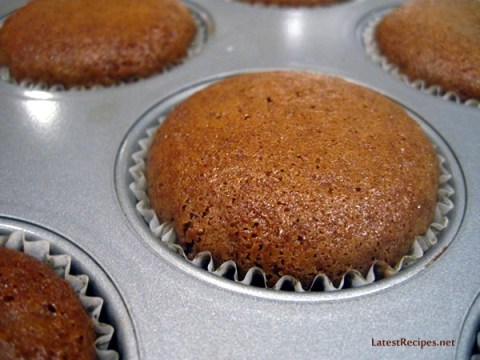 milo-cupcakes_melted_marshmallow_frosting_3