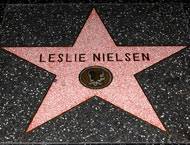 https://i1.wp.com/www.latimes.com/includes/projects/hollywood/wof_stars/leslie_nielsen_motion_pictures.jpg