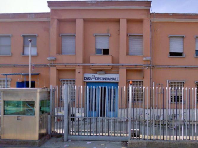 carcere-latina-ytr652ew4w2ws