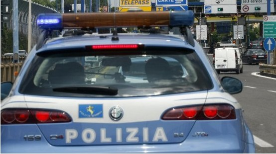 polizia-stradale-latina-8752764111we2