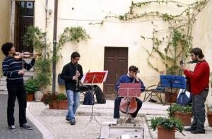 shining-quartet-latina