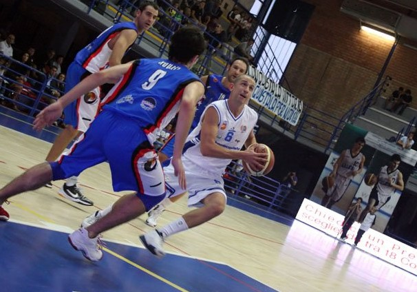 latina-basket-876726wt725