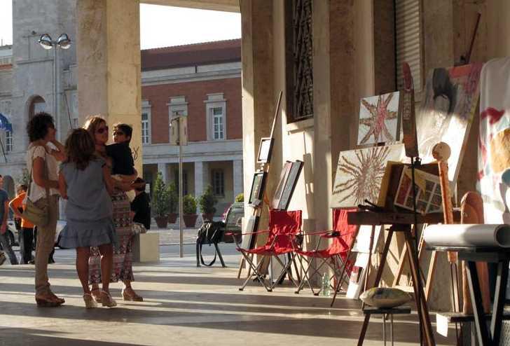 occupazione-artistica-latina-piazza-47867837534