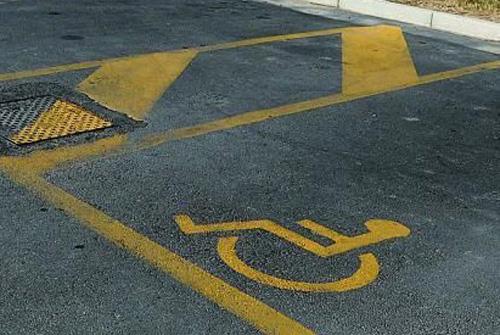 parcheggio-disabili-latina-47868742