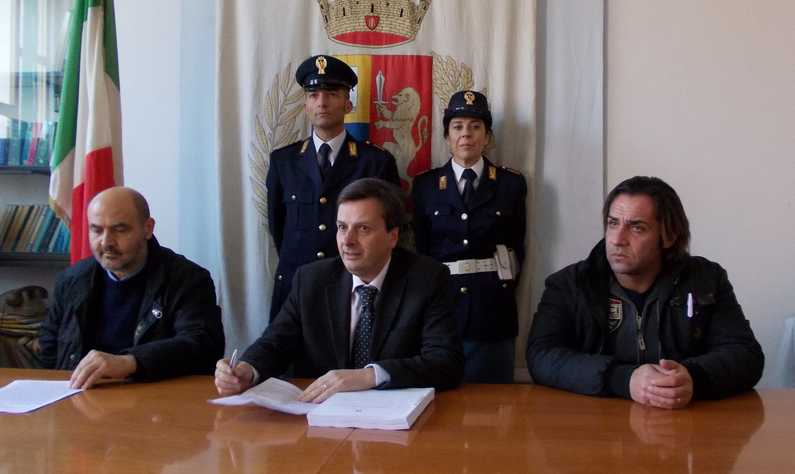 polizia-tatarelli-latina-54875230