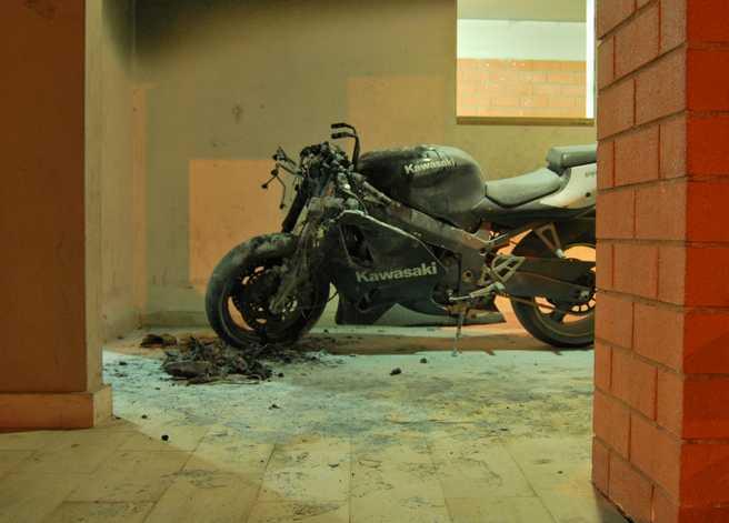 moto-bruciata-fondi-476814331345