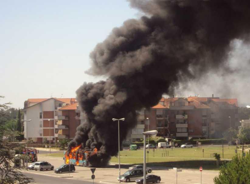 incendio-autobus-q4-latina-578833