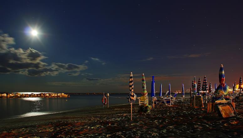 mare-notte-generica-5760222