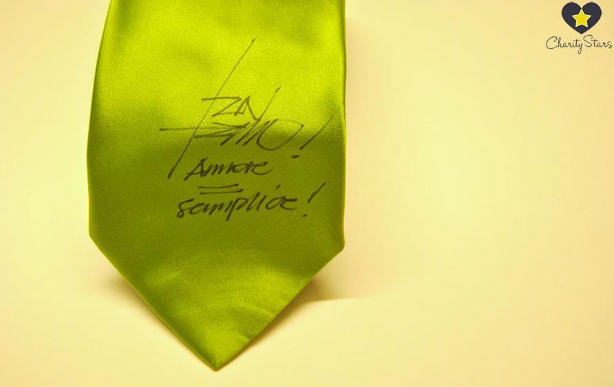 cravatta-tiziano-ferro-asta-latina24ore