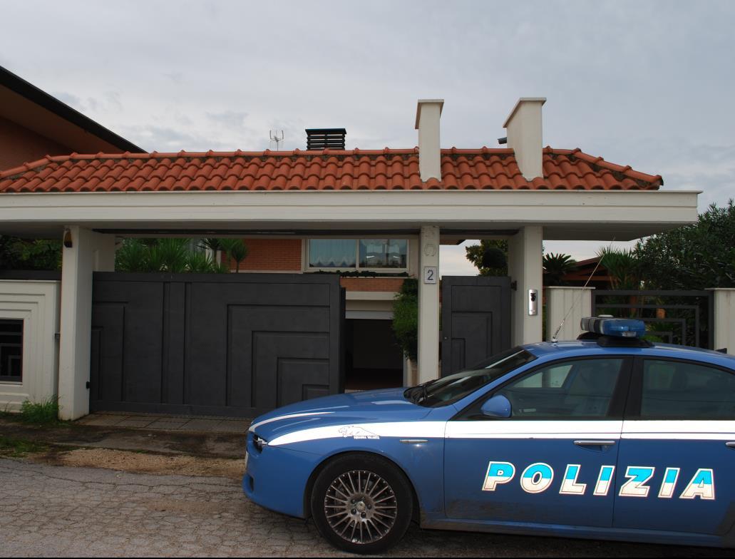 polizia-sequestro-villa-aprilia
