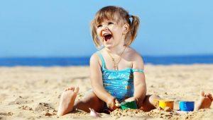 bambina-spiaggia-latina