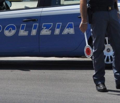 polizia-posto-blocco-latina-24ore-7400791