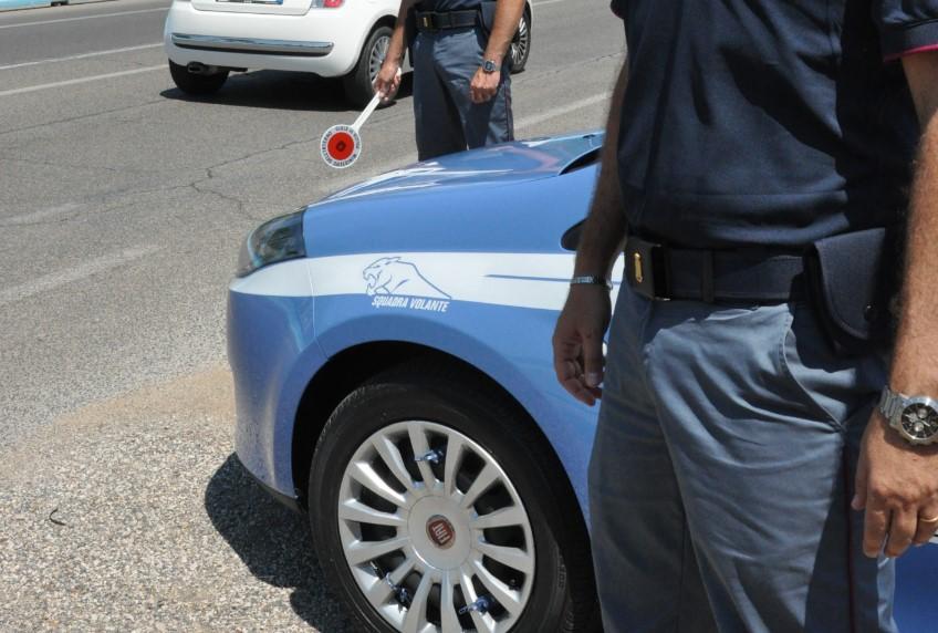 polizia-posto-blocco-latina-24ore-7984791