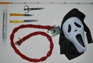 maschera-catena-latina