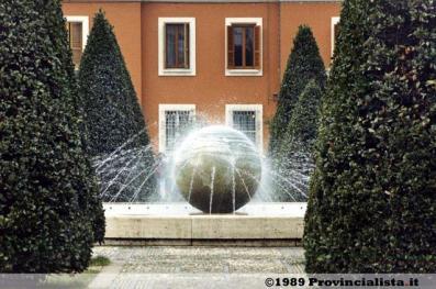 latina-piazza-popolo-1989