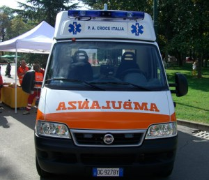 ambulanza-croce-italia