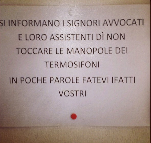 tribunale-latina-cartello-termosifoni