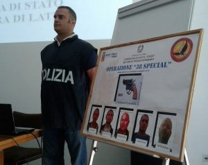 arrestati-polizia-usura-latina24ore
