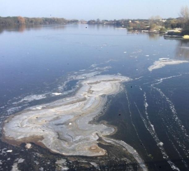 lago-di-Paola-inquinato
