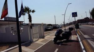 pista-ciclabile-latina-scooter-mare-lido