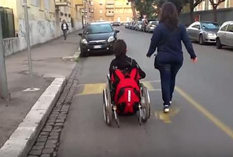 latina-disabili-video-barriere-giulia