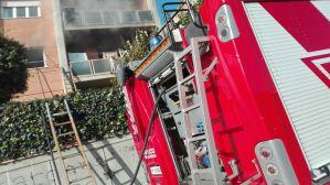 aprilia-incendio-viafermi-vigili-fuoco-3