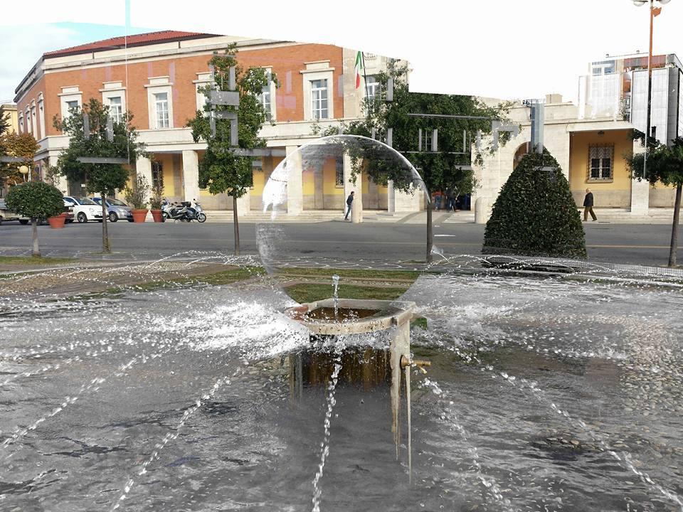 piazza-popolo-fotoritocco-latina-fontana