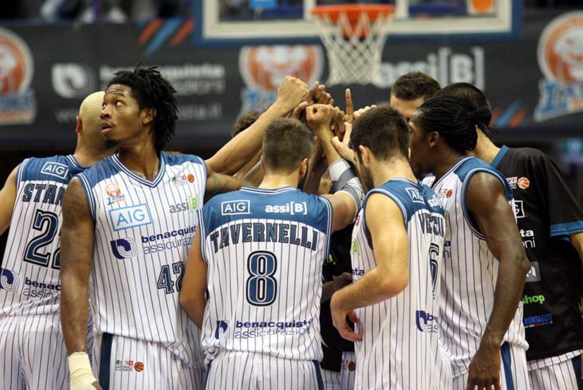 latina-basket-2015