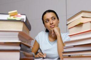 studentessa-libri