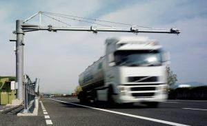 tutor-autostrada-tir