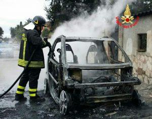 cisterna-latina-incendio-smart-vigili-fuoco