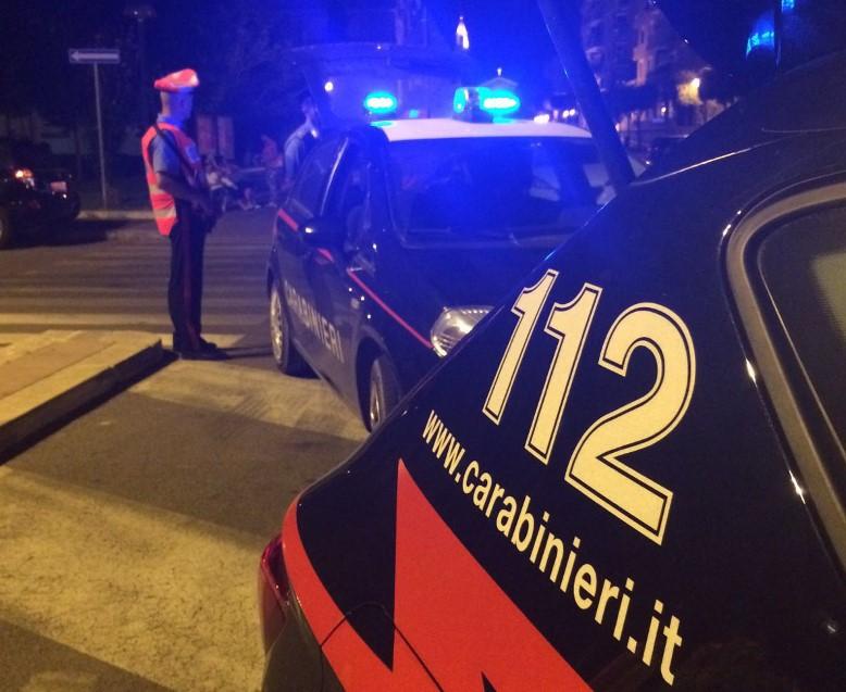 controlli-carabinieri-notte-auto