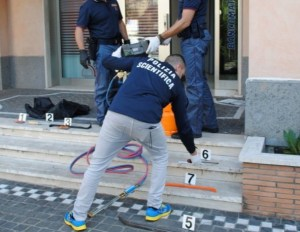 furto-bancomat-generica-polizia