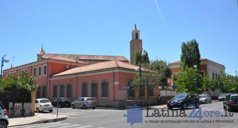 latina-asilo-sanmarco-chiesa
