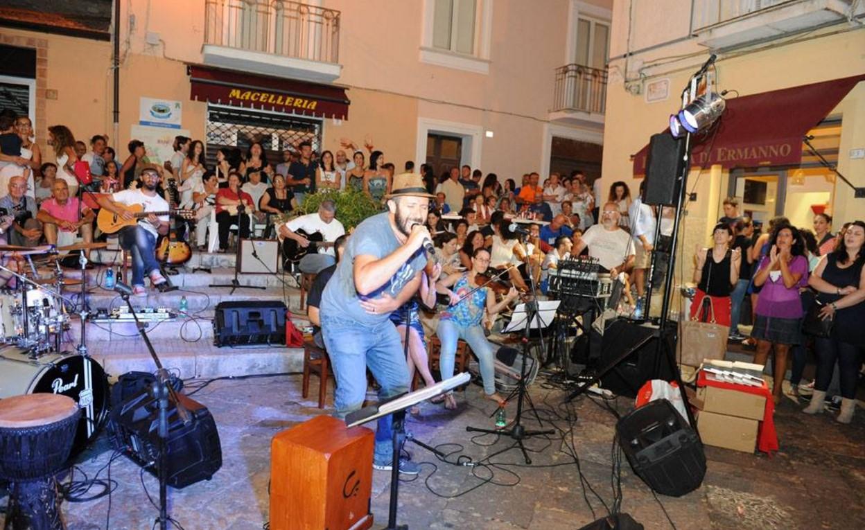 notte-bianca-fondi-2015