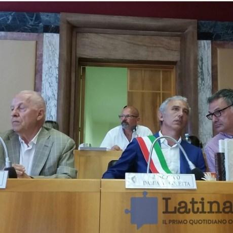primo-consiglio-comunale-coletta-latina-2