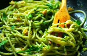 spaghetti-pesto-cucina-piatto