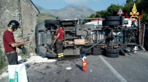 tir-incidente-stradale-latina