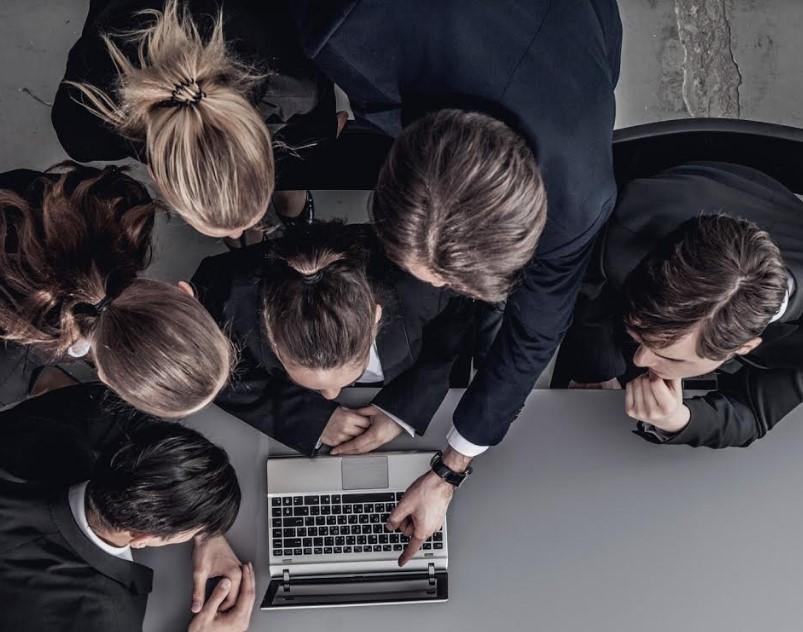 computer-riunione-lavoro-pc