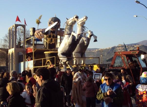 carnevale-sermoneta-carri