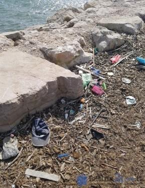 sporcizia-rifiuti-riomartino-porto-canale-1