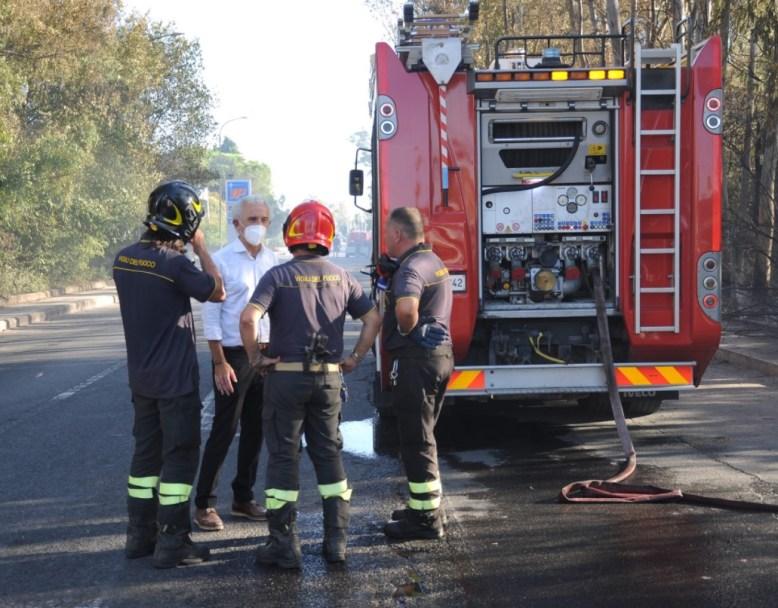 damiano-coletta-vigili-del-fuoco-latina