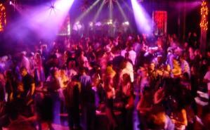 discoteca_ballo_generica_g8tw3658i7j