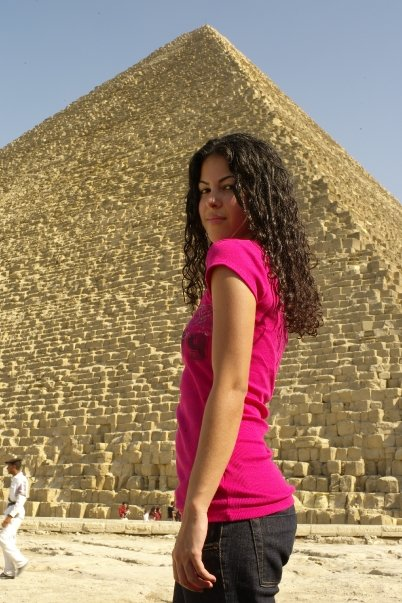 woman solo travel Great Pyramids