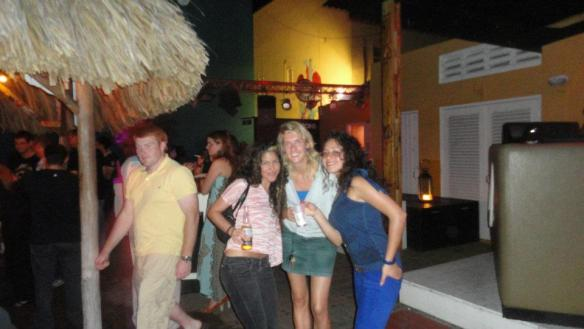 travel without a plan, Curacao clubbing