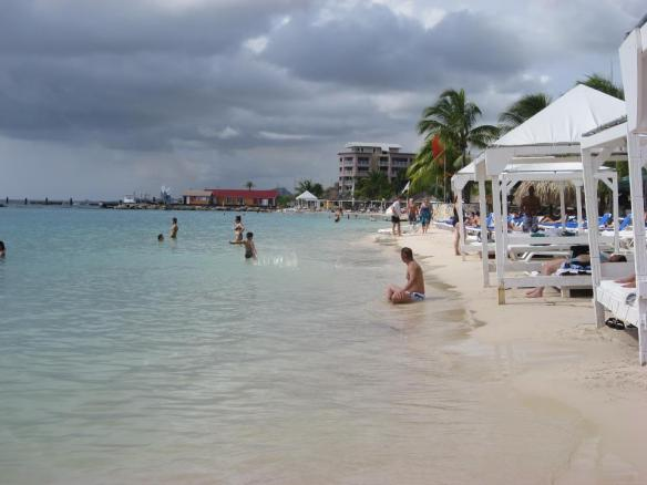 travel without a plan, Mambo beach Curacao